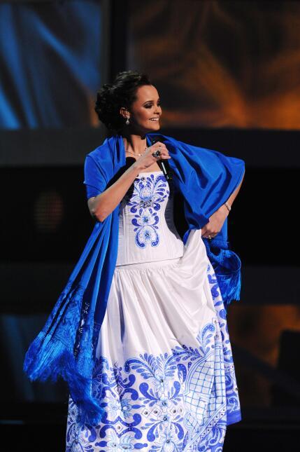 Lucero, Natalia Jiménez y Shaila Dúrcal serán las artistas invitadas en...