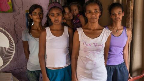 Paula Navas, 37 años, madre de siete hijas, padece las consecuencias de...
