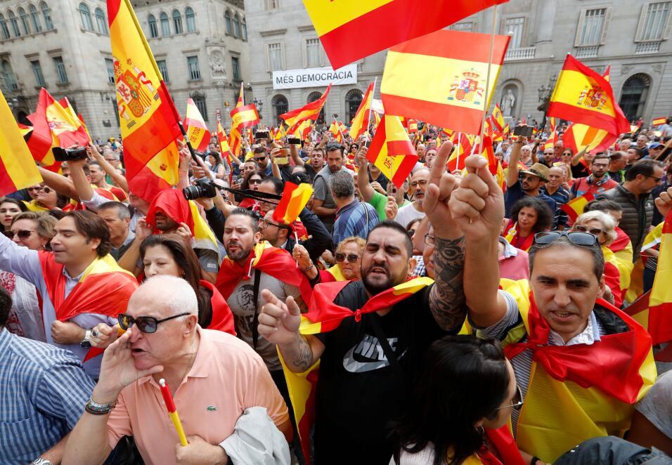 España enfrenta este domingo el desafío del referéndum independentista e...