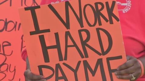 Continúa la lucha por el aumento salarial de los empleados del distrito...