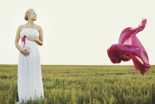 Las mujeres embarazadas suelen sentirse agotadas la mayor parte del d&ia...