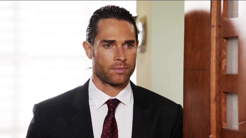 Sebastian Rulli es Marcelo
