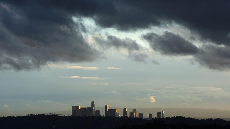 Nuevo frente tormentoso llega al sur de California