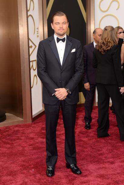 Si de por si Leonardo DiCaprio es guapo, el hecho de que use esmoquin ha...