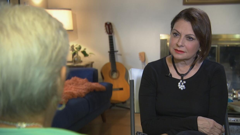 Maria Antonieta Collins devela detalles de su pasado familiar y va tras...