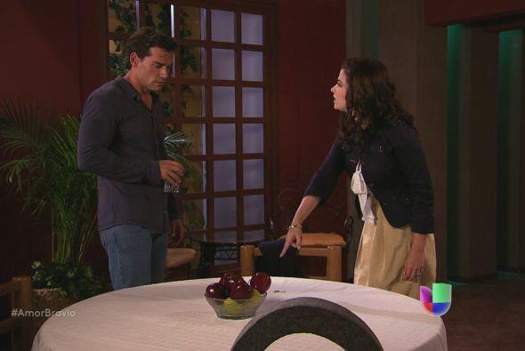 Miriam desafía su relación con Daniel al preguntarle qué es lo que realm...
