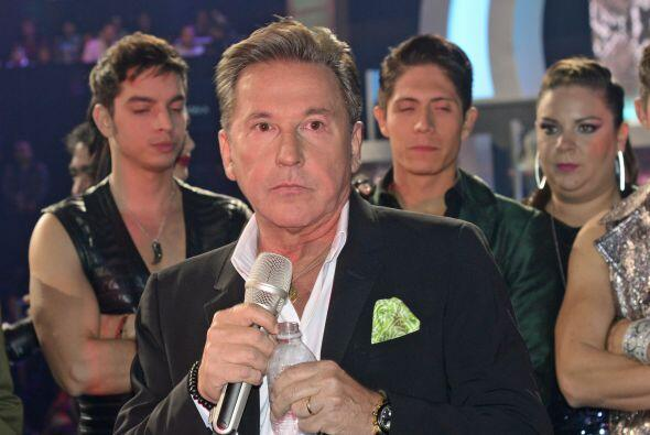 Ricardo Montaner vocalizó con los concursantes su éxito &q...