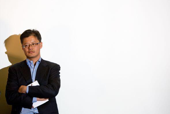 El cofundador de Yahoo!, Jerry Yang, decidió renunciar a todas sus funci...