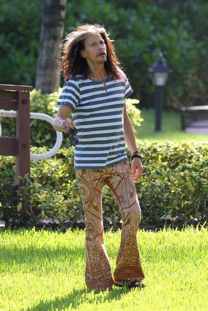 ¿Pero en qué estaba pensando Steve Tyler cuado decidió que esa ropa le i...