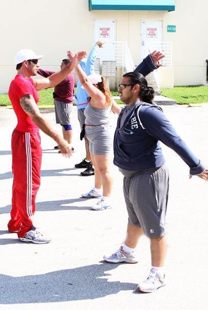 Simone les tiene una rutina de ejercicios especial para ellos.