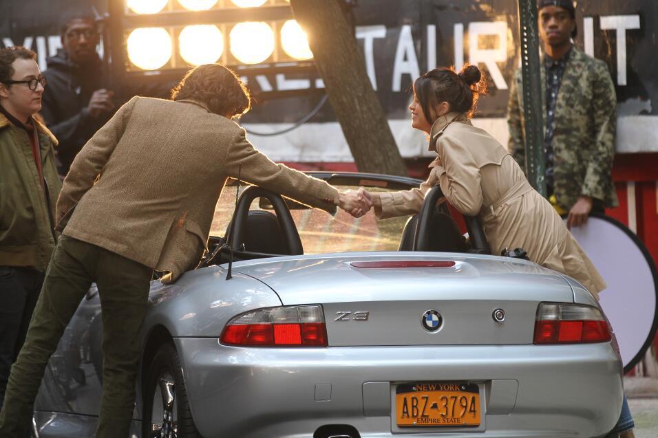 La primera escena que grabaron este lunes fue dentro de este BMW convert...