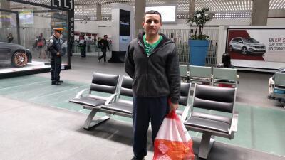 Alonso, mexicano de 36 años, optó por el retorno voluntari...