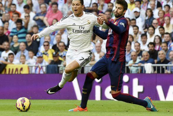 El Real Madrid se lanzó al ataque en busca del empate y por momentos aco...