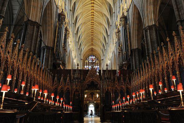 Las primeras filas del templo estarán reservadas para la familia real, e...