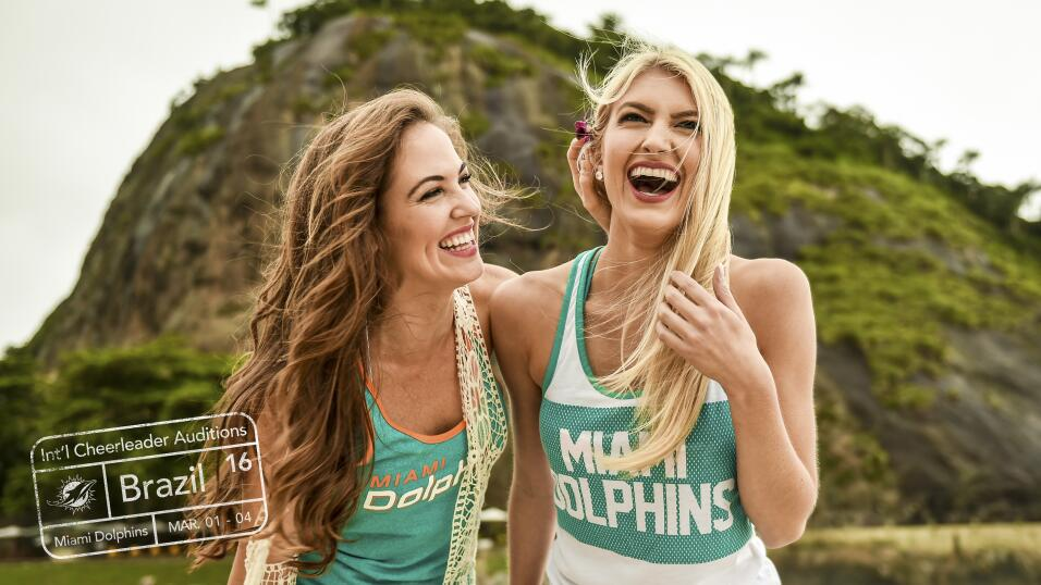 Allison y Krista, porristas de los Miami Dolphins, están buscando bellez...