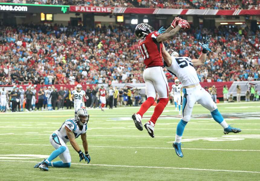 Julio Jones acumuló 178 yardas y un espectacular touchdown de 70 yardas...