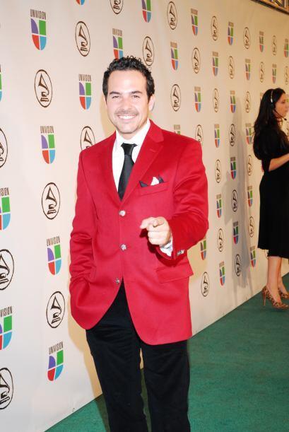 Lo mismo que Carlos Calderón, muy guapo en la alfombra de Latin GRAMMY 2...