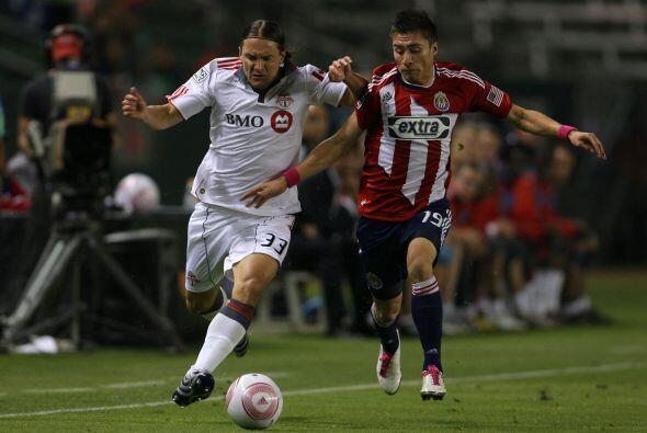 Chivas USA se impuso con amplitud al Toronto FC.