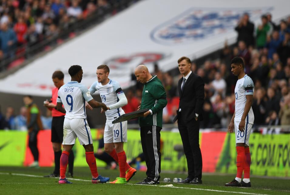 Sunderland mantiene a Moyes pese a las amenezas a periodista de la BBC G...