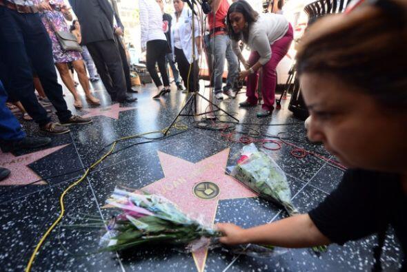 La muerte de Joan Rivers ha paralizado al mundo, muchos de sus seguidore...