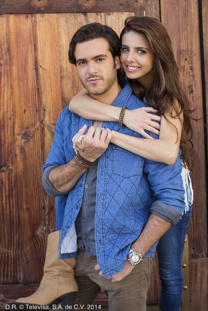 Michelle Renaud y Pablo Lyle obtuvieron su primer papel protagónico en l...
