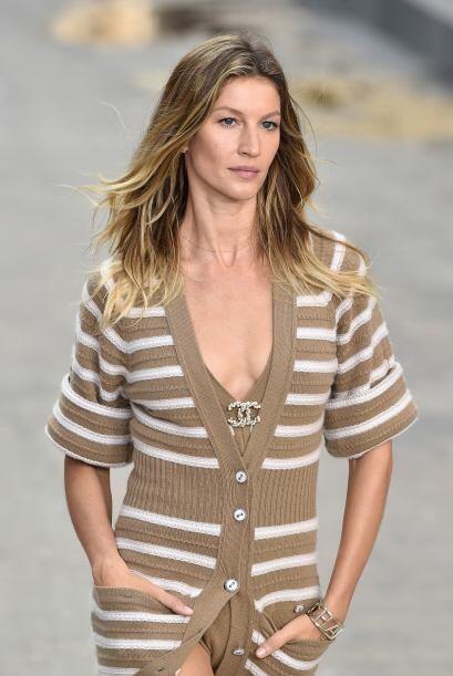 La modelo también ha participado con la casa de modas francesa, Chanel.