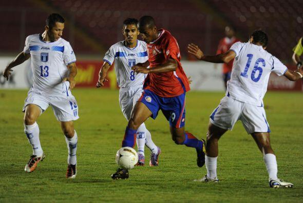 Costa rica no pudo en la final de la Copa UNCAF y perdió ante Honduras p...