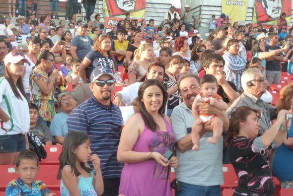 Público del festival de mayo