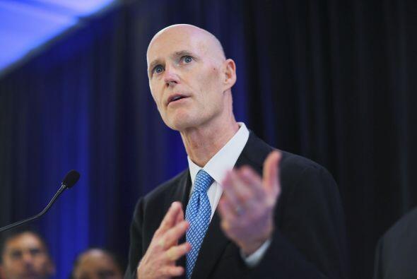 El gobernador de Florida, Rick Scott, procedió este jueves a la f...