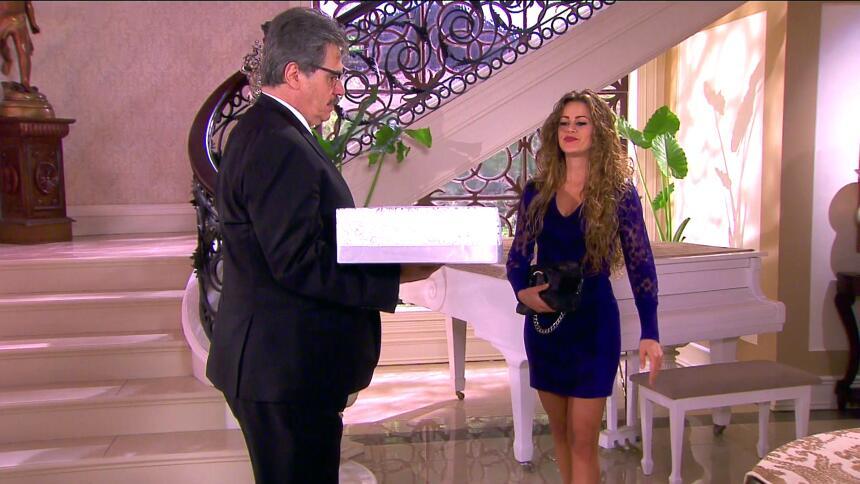 ¿Pedro y Fiorella podrán olvidarse de su amor? 3C84E7CB7F254C20AFBAC0CB9...