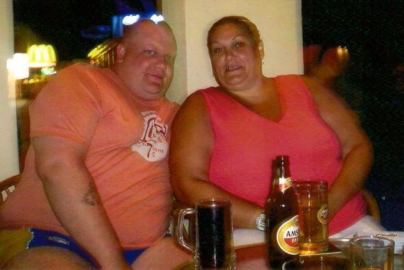Louise pesaba 378 libras y en tan solo 18 meses logró bajar 196 libras,...