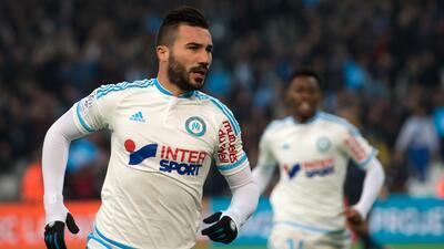 Marsella esquivó la derrota en los últimos minutos; el Caen goleó al Burdeos