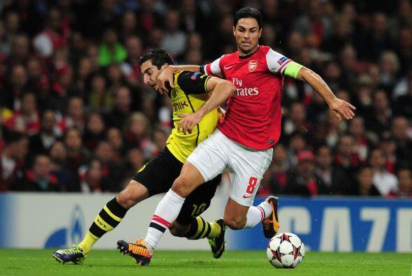 El Arsenal se ponía a prueba al recibir al Borussia Dortmund.