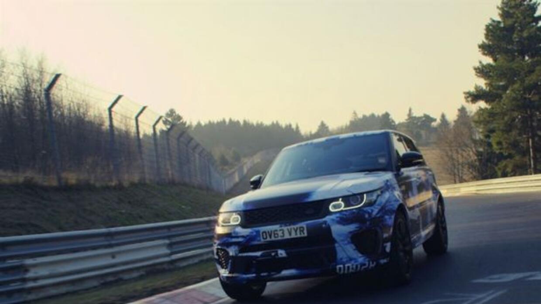 Este nueva versión de la Range Rover Sport tiene el récord de SUVs en Nü...