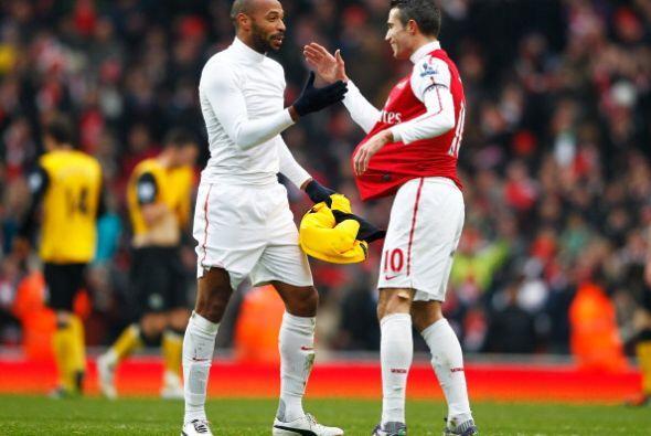 Con ésta goleada lapidaria, el Arsenal se mantiene entre los primeros en...