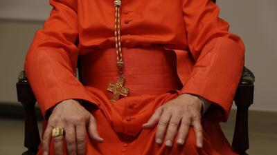 Demandan a la Diócesis de Illinois por presuntamente encubrir a sacerdotes señalados de abuso sexual