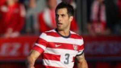 Carlos Bocanegra se retira del fútbol.