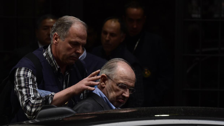 El expresidente de Bankia Rodrigo Rato fue detenido varias horas por el...