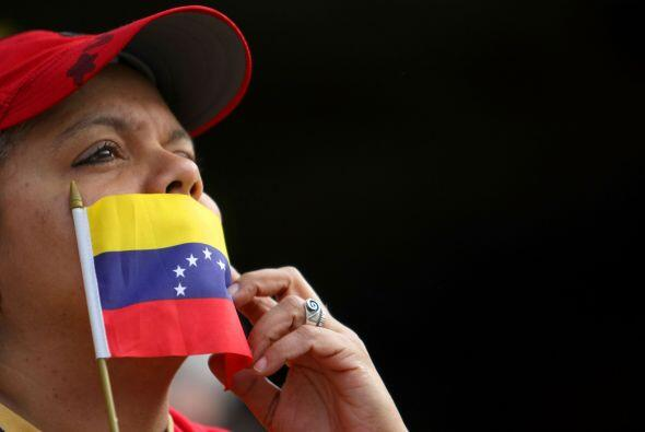 La noticia del fallecimiento del presidente de Venezuela, Hugo Ch&aacute...