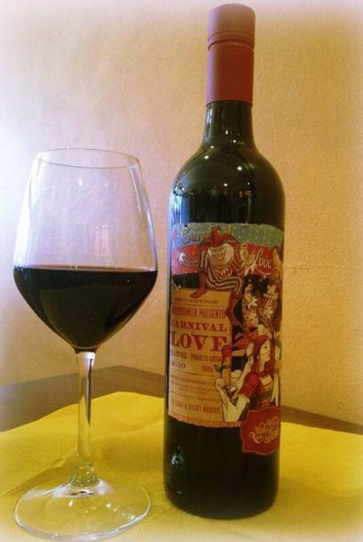 Este vino es originario de Australia, se realiza con uva shiraz y cuesta...