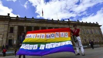 En Colombia avanza proyecto de matrimonio gay.