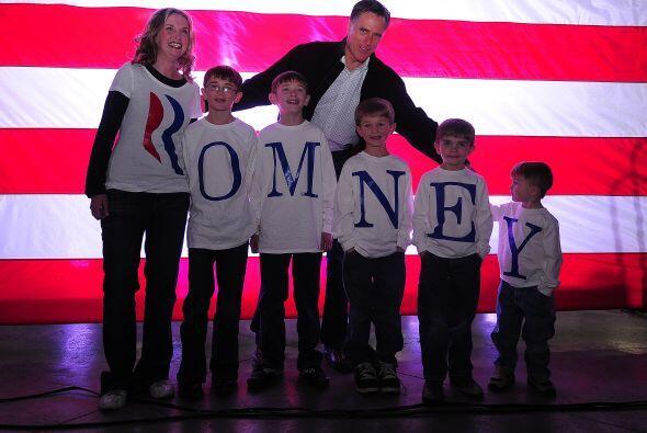 MITT ROMNEY- En sólo tres meses el republicano consiguió $24.2 millones,...