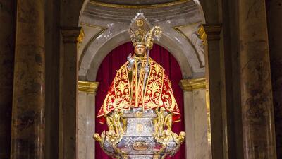 ¿Quién fue San Fermín y por qué lo celebran con corridas de toros?