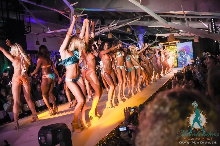 Las porristas de los Miami Dolphins lucieron espectaculares y realmente...