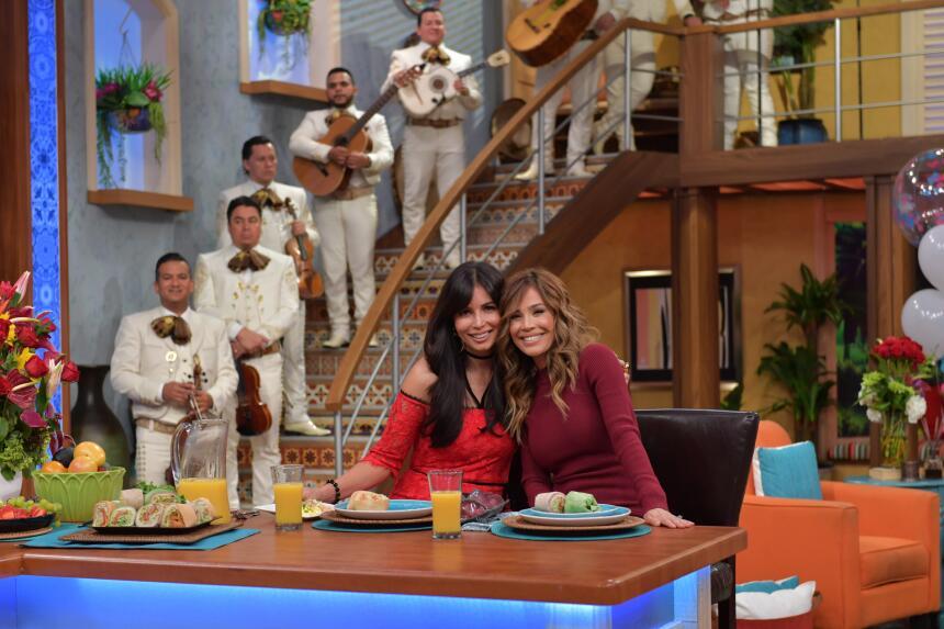Giselle Blondet y Karla Martínez