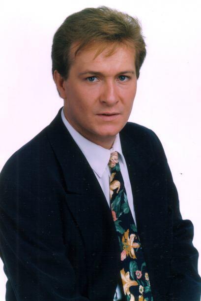 Arturo Peniche se convirtió en el galán de Laura Flores.