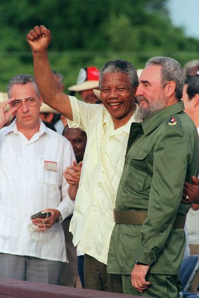 Cuando Mandela llegó a Cuba en 1991, los cubanos fueron convocado...