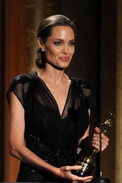 En 2013 la actriz recibió un Oscar honorífico por su labor humanitaria.