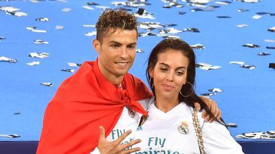 Te decimos cuánto cuesta el vestido que usó Georgina Rodríguez para celebrar el triunfo de Cristiano Ronaldo en la Champions League