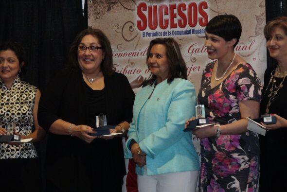 Tributo a la Mujer Hispana Periódico Sucesos